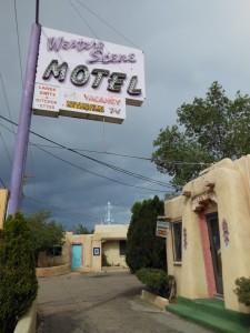 Court-style Motel